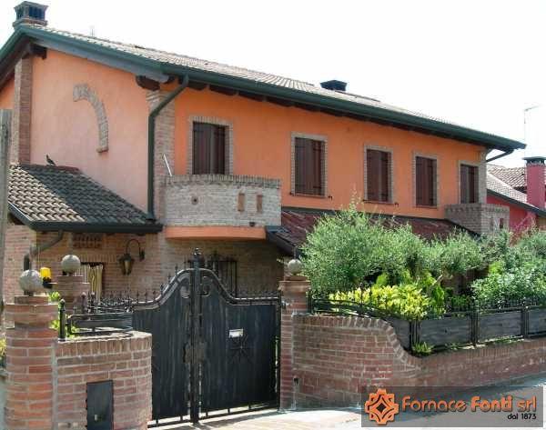 Muratura esterna villa frassinelle
