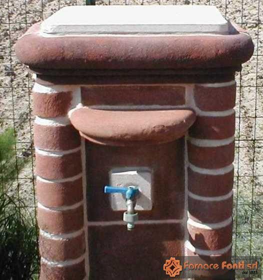 fontana in muratura facciavista