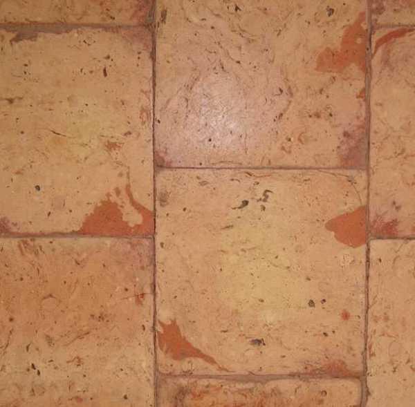 Tavella quadra venata rossa