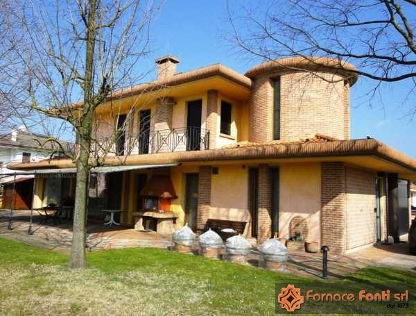 Visualizza album foto:Villa in Provincia di Rovigo (13)
