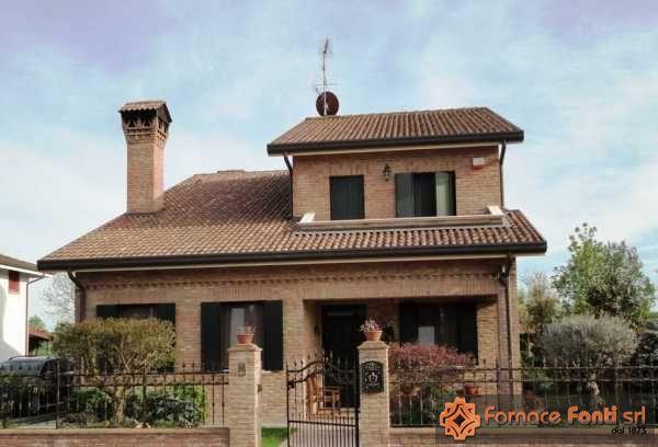 Villetta in provincia di rovigo - Mattoni portabottiglie ...