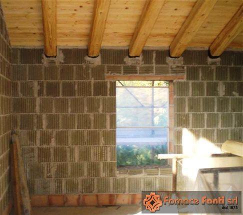 Muro in argilla