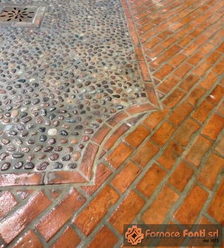 Listello in cotto per pavimento