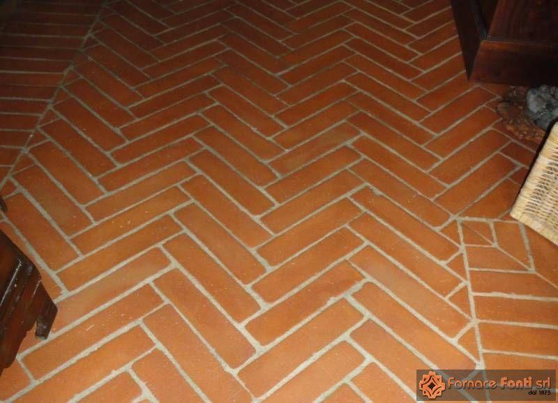 pavimento in cotto antico