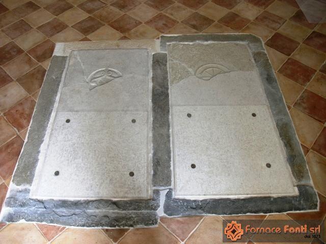 Restauro di pavimentazione a scacchiera con tavella rossa e gialla