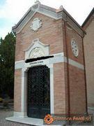 Visualizza album foto:Cappella Cimiteriale (8)
