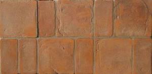 tavella quadra e rettangolare rossa rustica