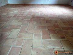 pavimento in tavella gialla levigata02